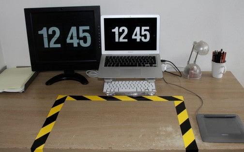 The KEEP CLEAR Desk