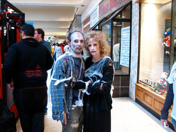 Cosplay Abounds at Zombie Fest in Pittsburgh