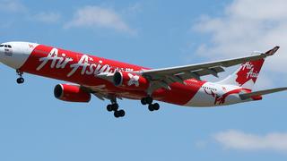 Desaparece un avión de AirAsia sobre Indonesia con 162 personas a bordo