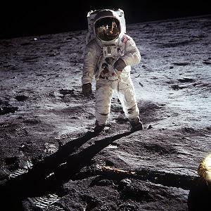 NASA Explores How Spaceflight Changes Our Culture