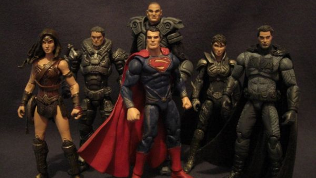 These Batman V. Superman custom figures are as good as the real thing