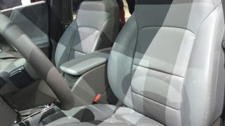 The 2016 Chevy Malibu Proves That The Gray-On-Gray Interior Isn't Dead