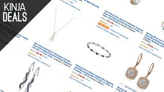 Get Your Mom Some Last Minute Jewelry, With Free 1-Day Shipping