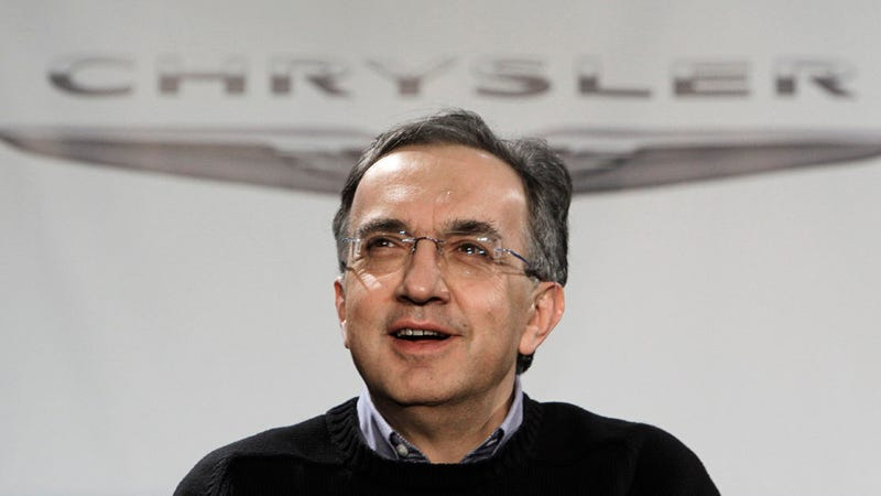 "Chrysler-Fiat chief says U.S. government made ""shyster"" loans"