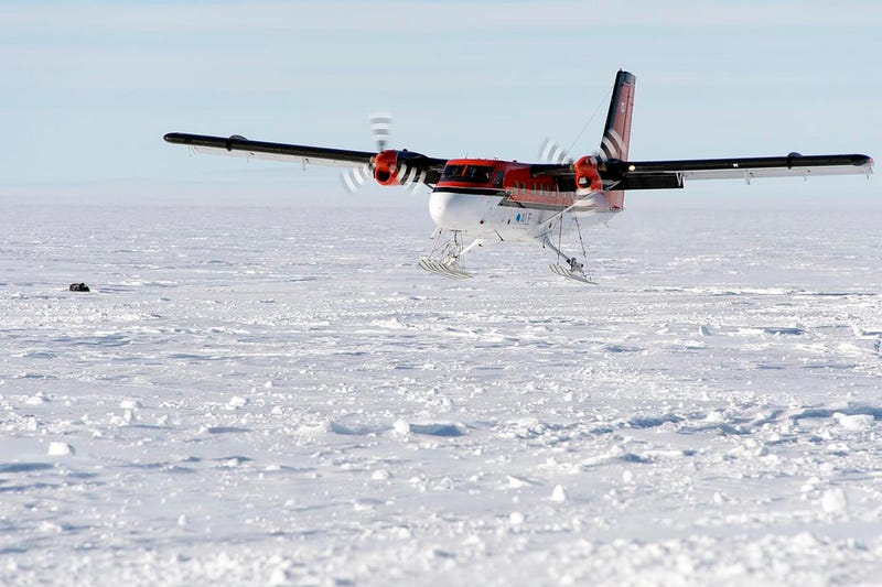 Daredevils Just Rescued Someone from the South Pole in the Middle of Winter