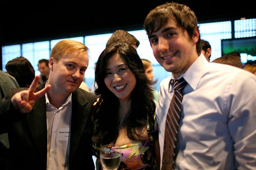 Jason Calacanis and Kevin Rose make nice for Om Malik