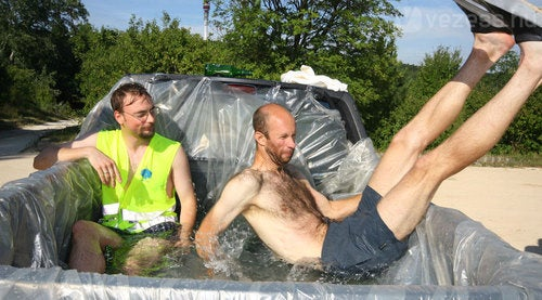 How To Build A Redneck Jacuzzi Out Of A Pickup