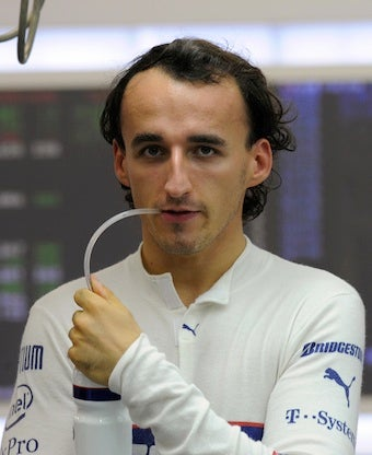 Robert Kubica To Remain With Renault