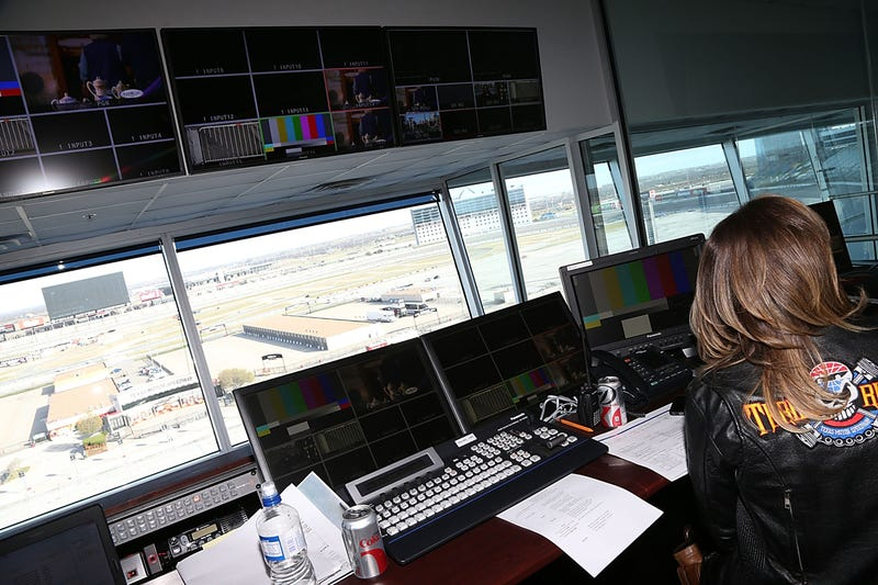 World's Largest HDTV Opens At Texas Motor Speedway, Could Fit 9 Alamos