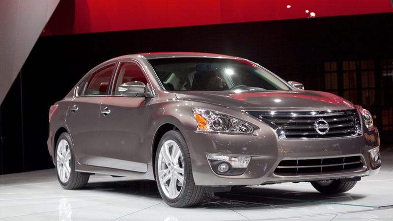 The 2013 Nissan Altima: Now With More Squiggles