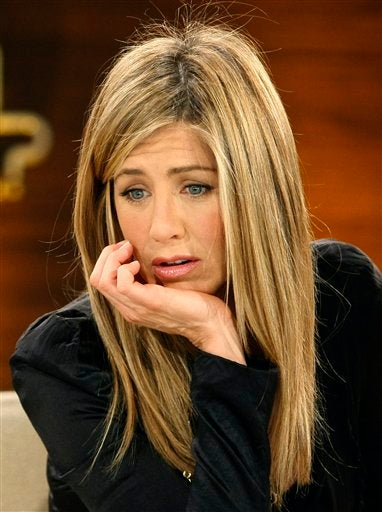 """Lovelorn"" Jen Aniston Throwing Herself At Gerard Butler?"