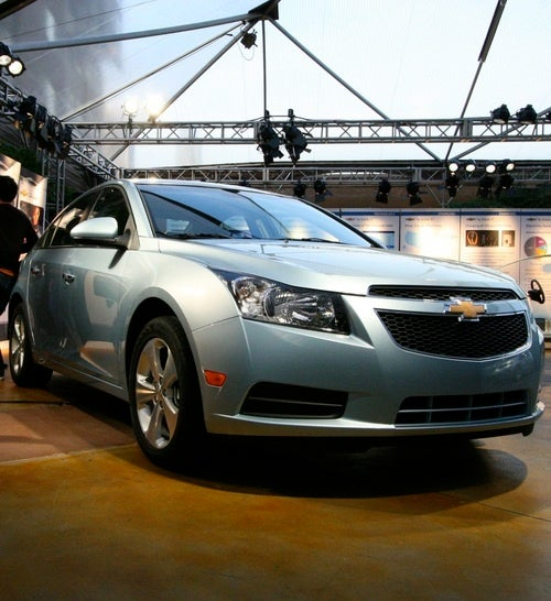 Chevrolet Cruze: Live And In The Metallic Flesh