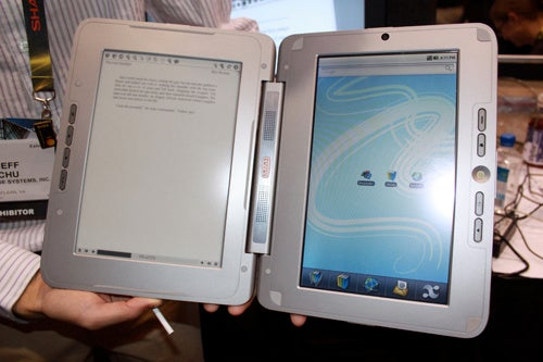Hands-On With The enTourage eDGe Dualbook: If You Want A Tablet AND eReader, This Is For You