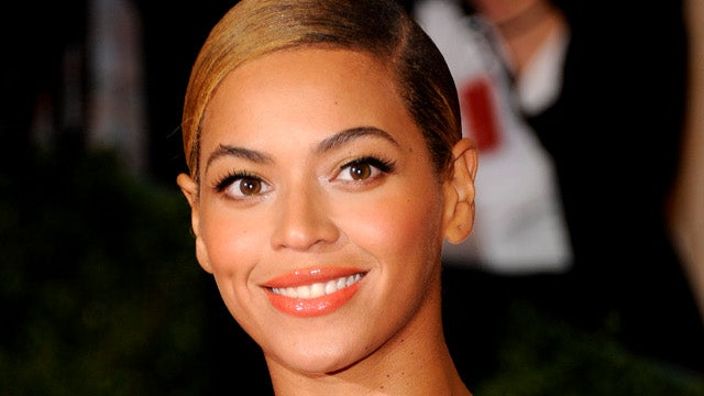 Female Entertainers Are Conspiring to Inflate Beyoncé's Ego
