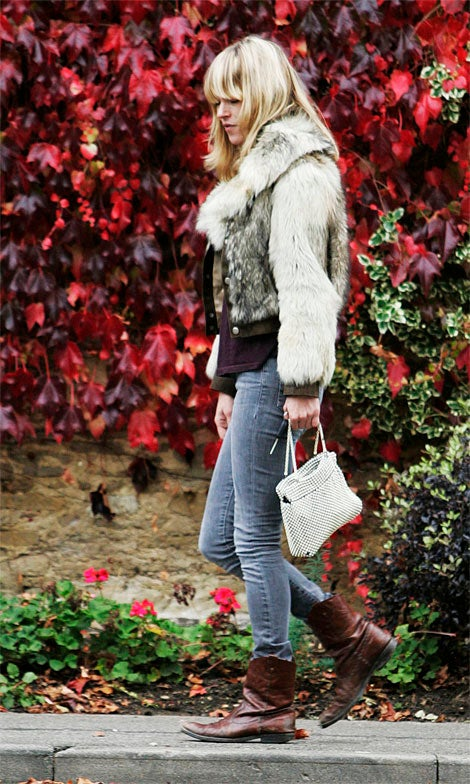 Kate Moss Blinded By Autumn Leaves