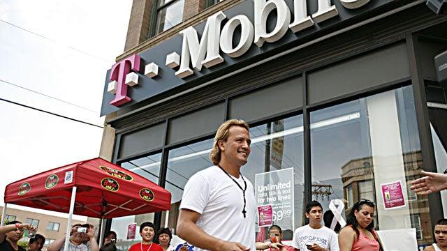 T-Mobile Backs Samsung In Apple Infringement Case