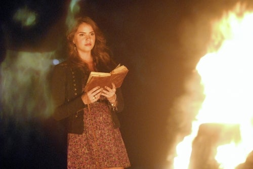 "The Secret Circle 1x02, ""Bound"" Pictures"