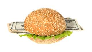 Burger King Screws Up Woman's Order, Hands Her $2,600 at Drive-Thru
