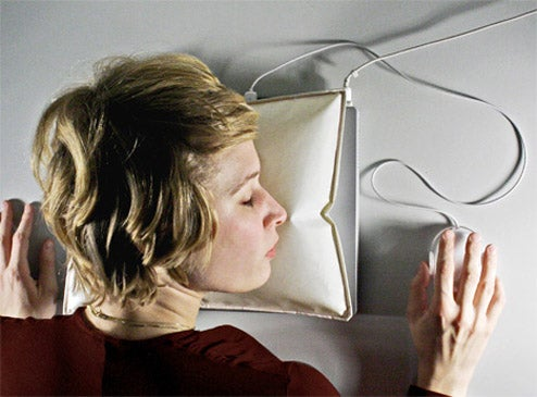 iSleep Laptop Airbag: Because Work is Not That Bad When You Sleep Through It
