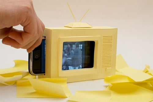 Make Your Own Paper iPhone TV This Public Holiday