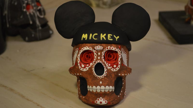 "Disney Trying to Trademark ""Día De Los Muertos"" (Updated)"