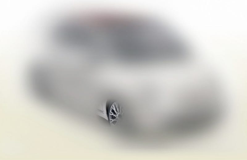 Fiat 500C: First Blurry Look