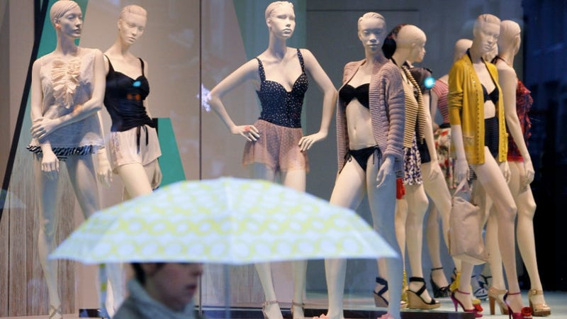 Everyone Freak Out: Creepy Bionic Mannequins Are Watching You Shop