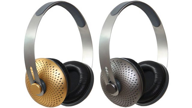Cornstarch Plastic and Aluminum Make These Headphones Recyclable