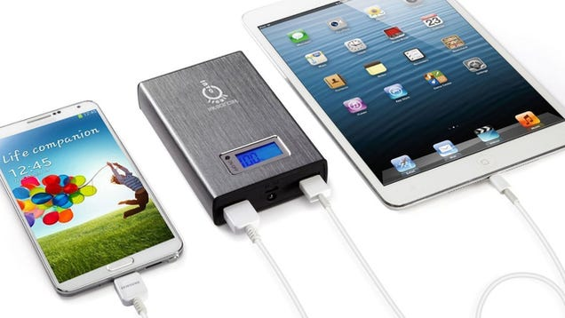 $30 iPhone 6 Battery Case, the Cookware Set You Want, and More Deals