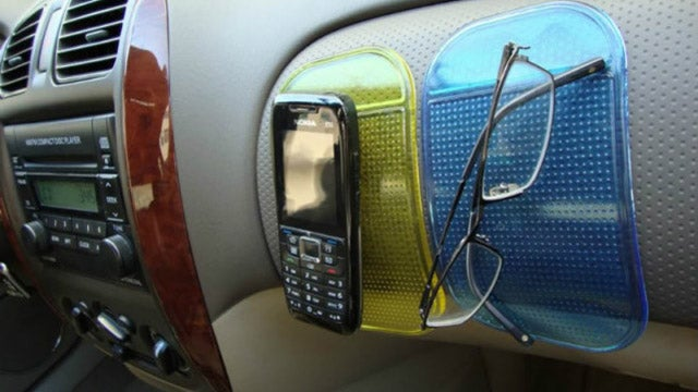 Jelly Pad Holds a Phone on Your Car's Dashboard Almost Vertically