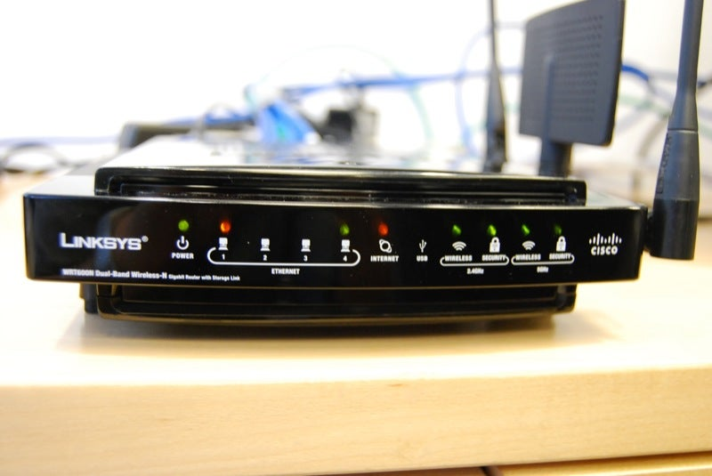Hands On New Cisco Linksys Wireless-N Media Center Extenders (Plus: Some Tasty New N-Friendly Toys)