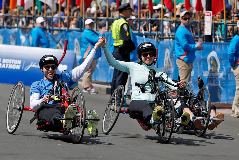 Married Couple Injured In Marathon Bombing Cross Finish Line Together