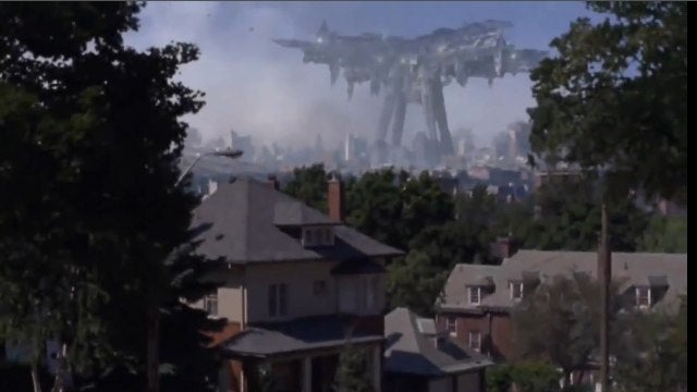 Steven Spielberg's Falling Skies = Saving Private Ryan with Aliens