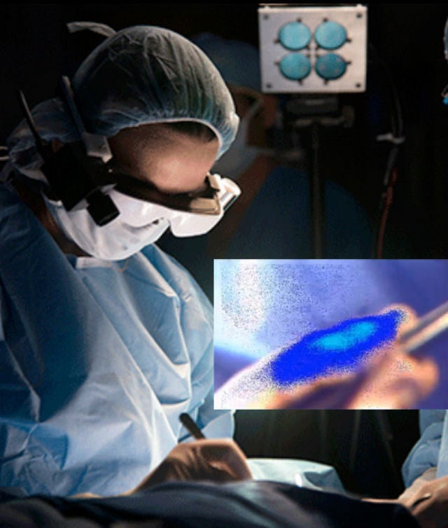 Cancer-Spotting Glasses Light Up the Bad Cells for Surgeons