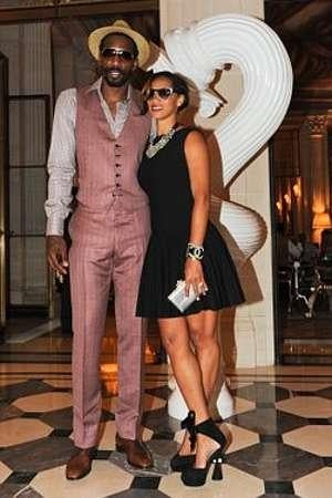 Amar'e Stoudemire Tweets Marriage Proposal, Looks Snazzy