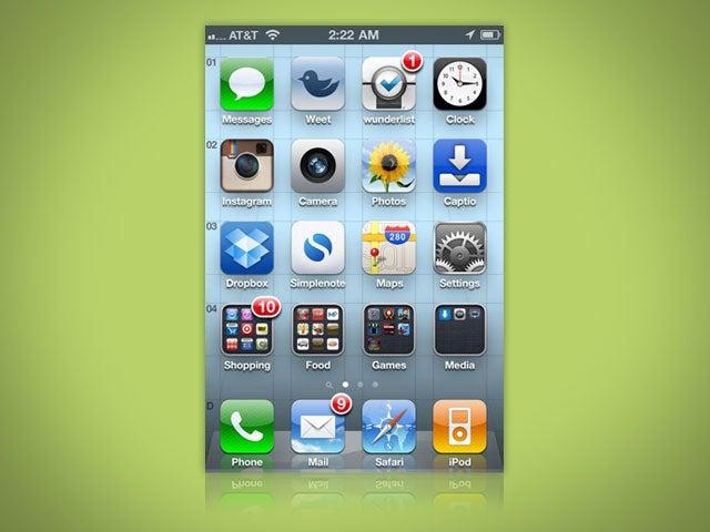 How Do You Organize Your Smartphone's Home Screen?