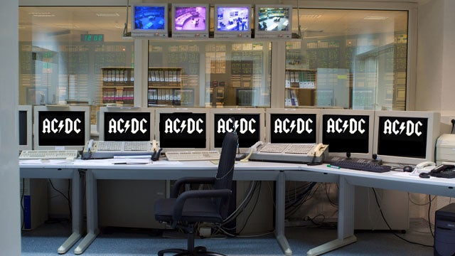 Is a Computer Worm Causing Iranian Nuclear Facilities to Blast AC/DC's 'Thunderstruck' At Night?