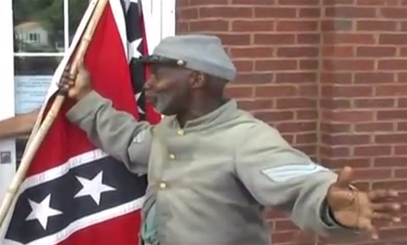 "Black Florida Man Protests Union Monument by Singing ""Dixie"""