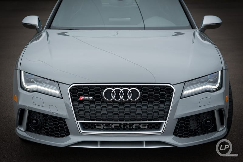 Photo Shoot: Nardo Gray Audi RS 7