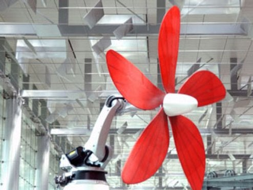 Giant Robotic Flower Stalks Airport Visitors in Singapore