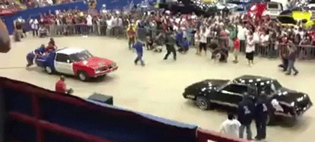 Apparently Lowrider Fighting Is A Thing
