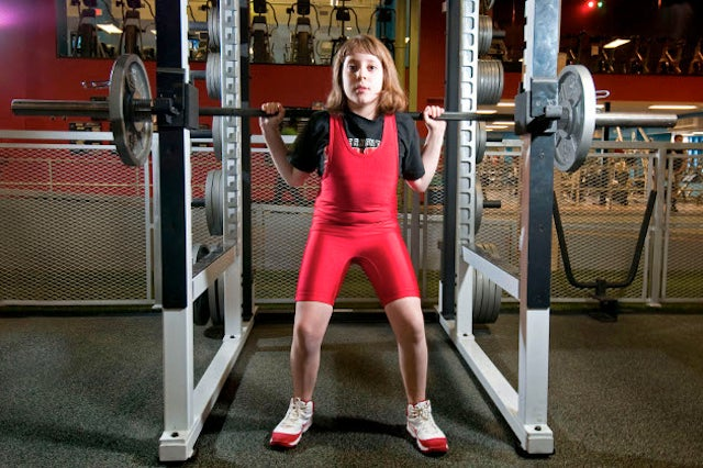 This 10-Year-Old Girl Can Squat More Than A Woman Four Times Her Age