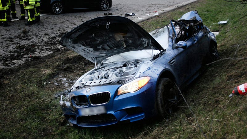 This New BMW M5 Crashed Going 186 MPH On The Autobahn