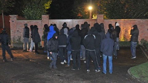 Balaclava-Clad Man United Mob Lays Siege To Wayne Rooney's House, Makes Death Threats