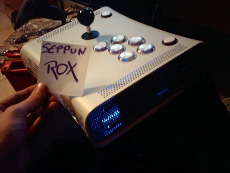 RRoD Xbox Turned Into the Stupendous Arcade Stick