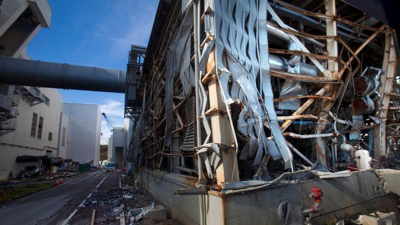 """Japan Prepares to Declare the Fukushima Reactor """"Shutdown"""""""