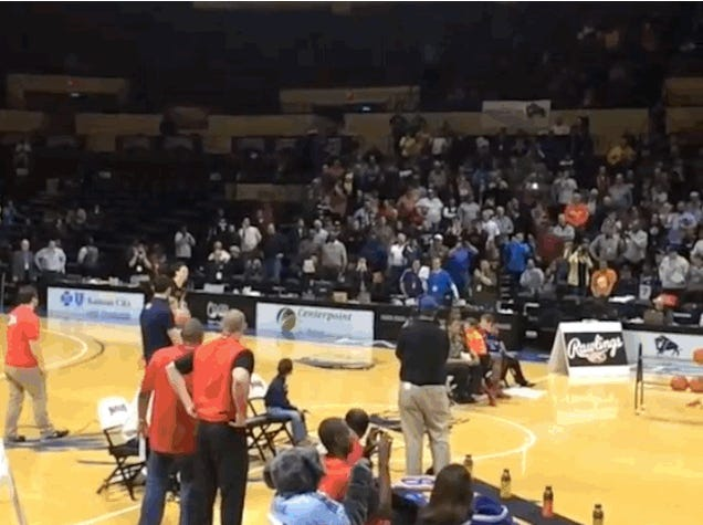 This Is The Bananas Dunk That Won The NAIA Dunk Contest