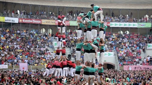 Watch Human Towers Crash to the Ground