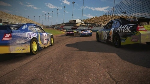 NASCAR Screens Trade Paint In Pretty Ways