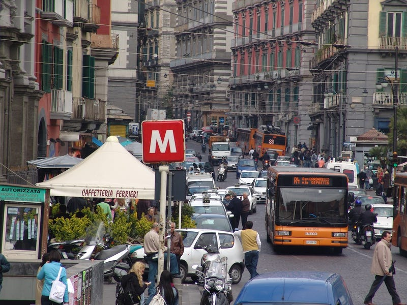 Neapolitan Traffic Is A Work Of Paravehicular Art